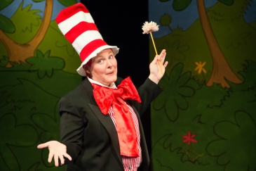 Stuttgart Theatre Center presents Seussical